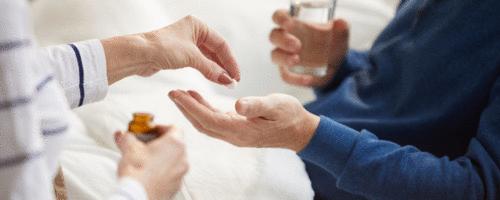 Mortalidade da suspensão de estatinas em pacientes idosos submetidos à polifarmácia