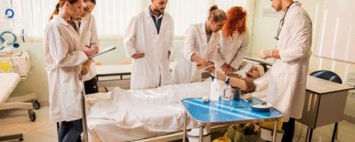 Como está a qualidade do ensino de medicina no Brasil?