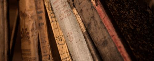 Gabinete de Curiosidades Médicas: livros encapados em pele humana